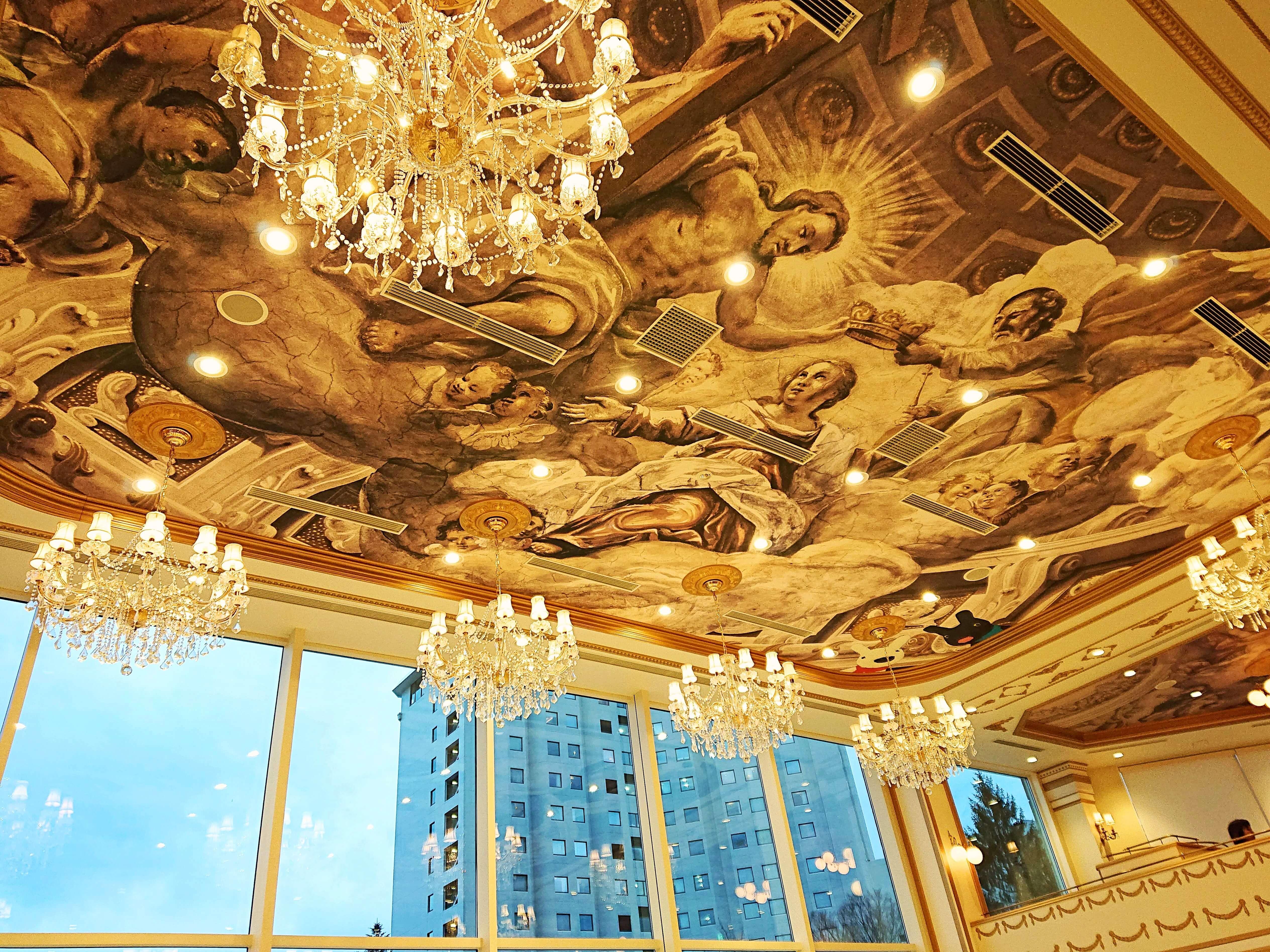 レ・レーヴ・サロン・ド・テの天井