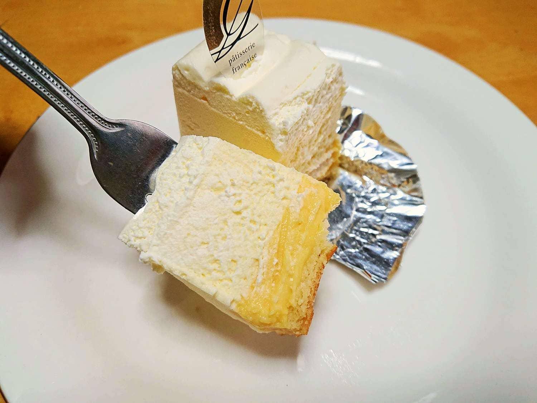 レアチーズの断面