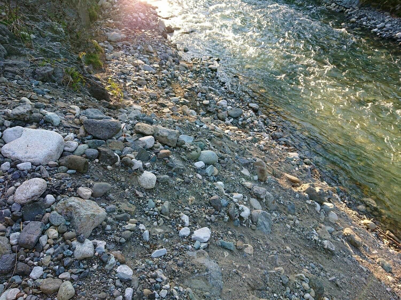 入渓ポイントにある大きな段差