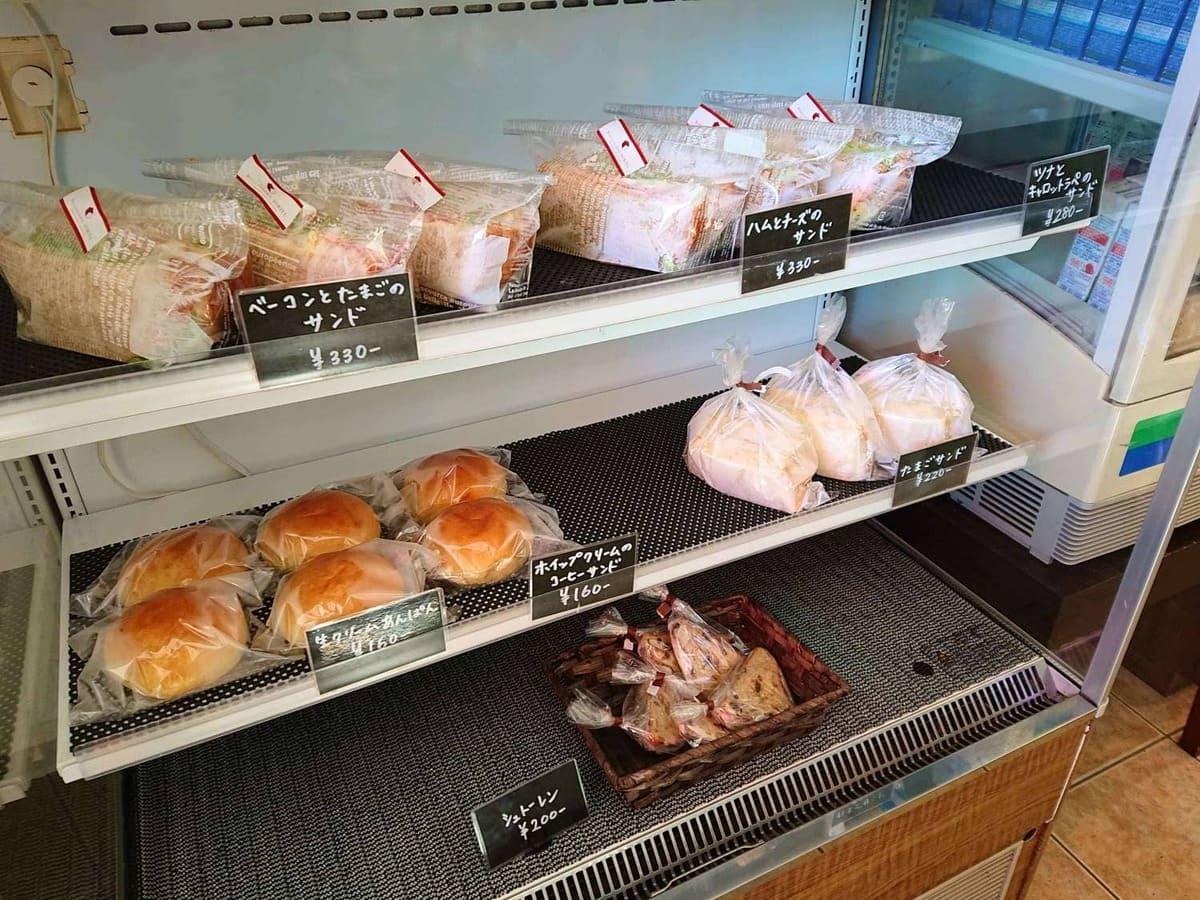 サンドイッチの販売コーナー