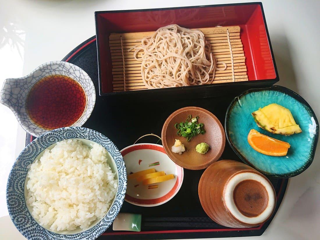 ランチ限定の天ぷらセット