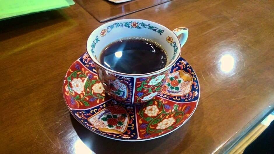 古民家カフェ雅楽のホットコーヒー