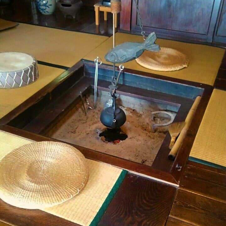 古民家カフェ雅楽の囲炉裏