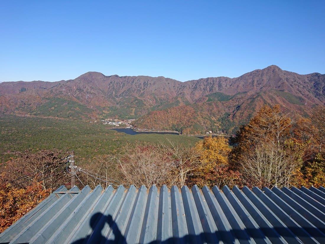 紅葉台から眺める西湖