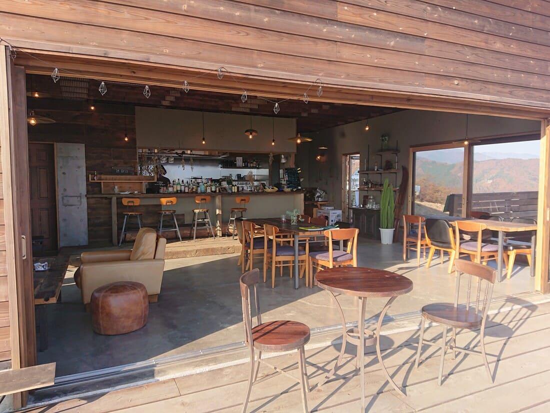 CAFE 山歩の内装
